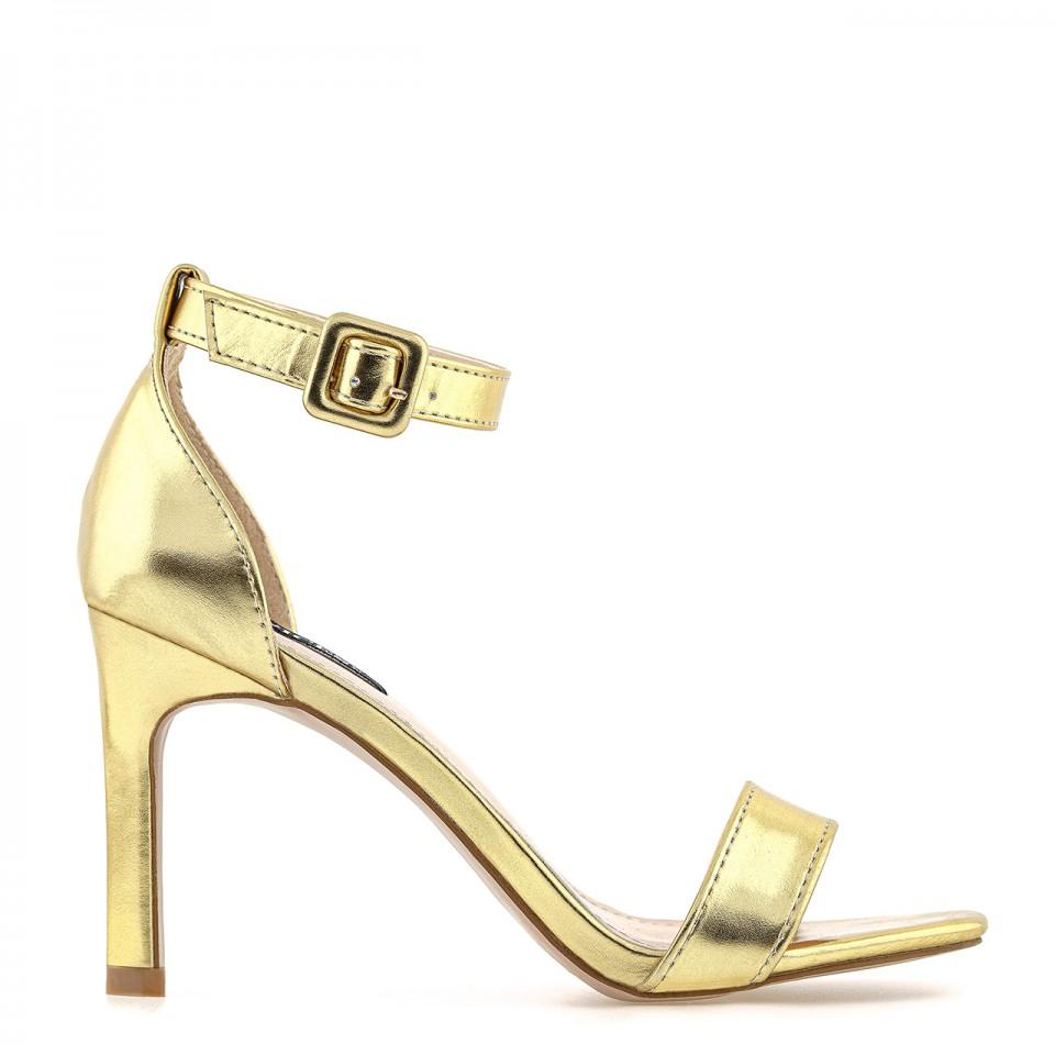 Sandały skórzane na szpilce z zabudowaną piętą i otwartym noskiem