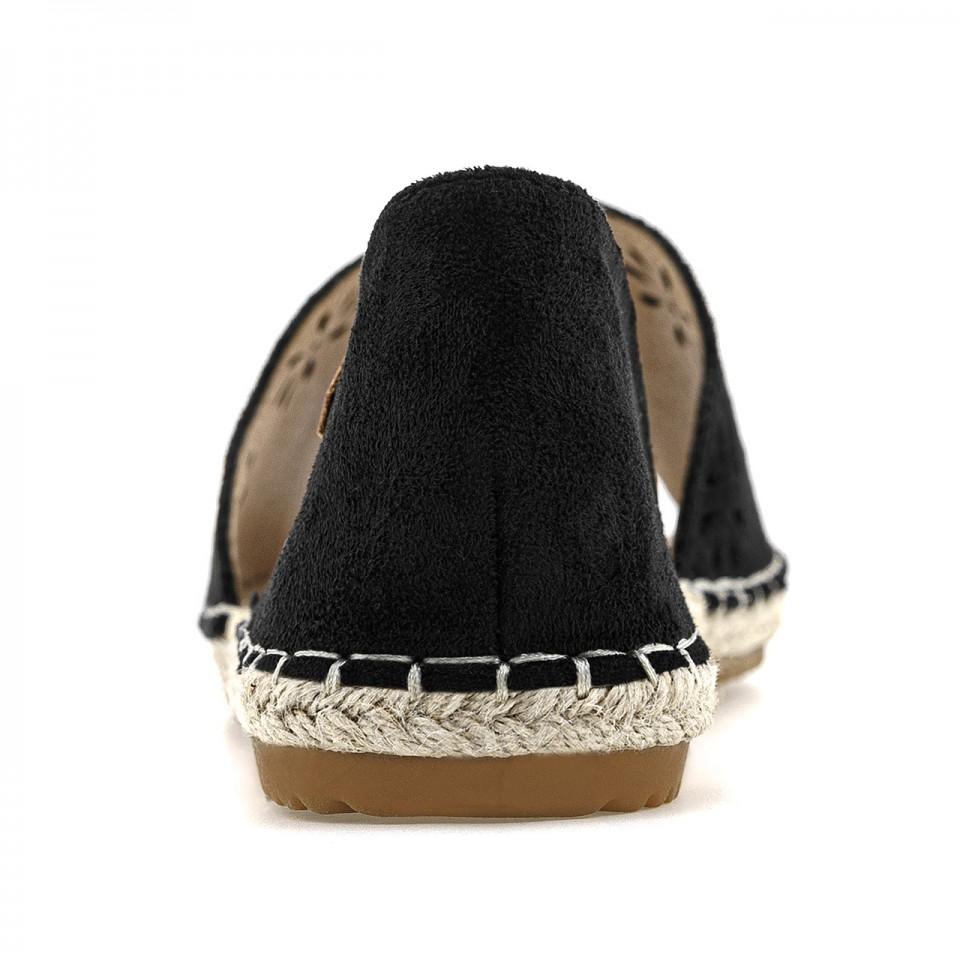 Czarne espadryle zamszowe na słomianej płaskiej podeszwie z otwartym noskiem