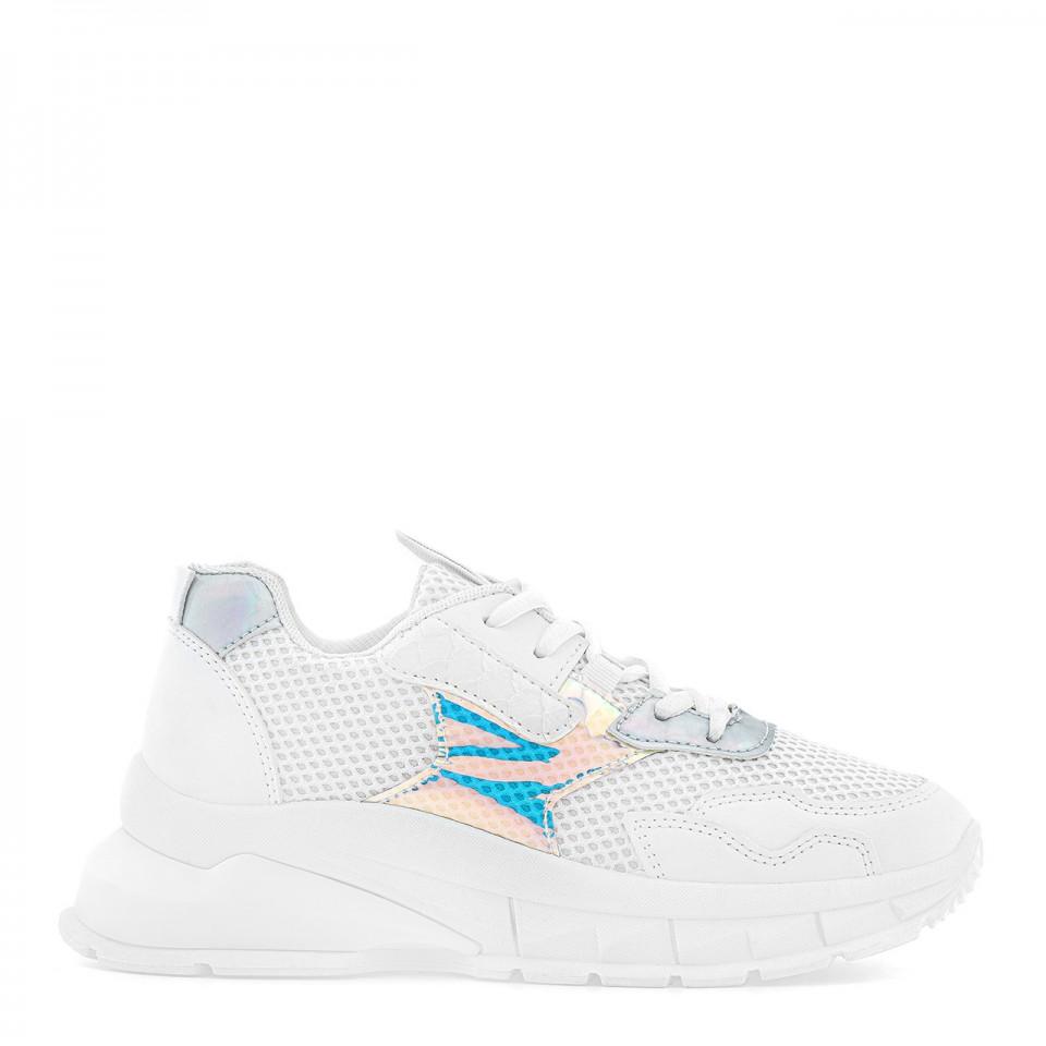 Białe sportowe sneakersy z oddychającego materiału i benzynowymi wstawkami