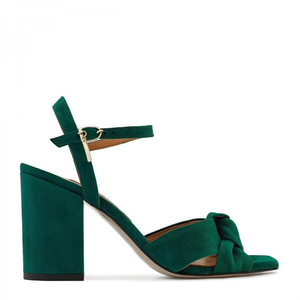 Zielone sandały z naturalnego zamszu na wysokim słupku z supełkiem