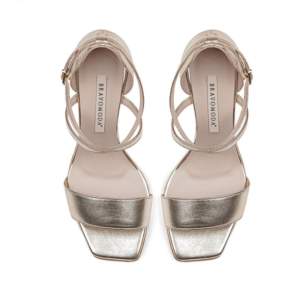 Złote sandały premium z naturalnej skóry na szpilce ze ściętymi noskami